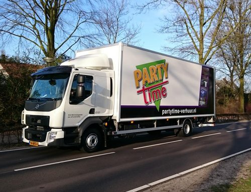 Party-Time vrachtwagen belettering