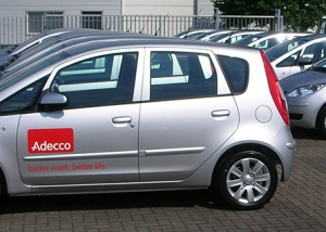 adecco fleetmarking wagenpark belettering autobelettering